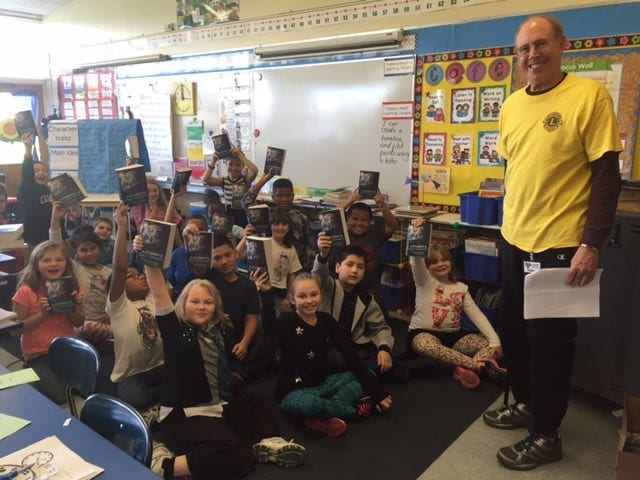 Lion Eric Warn with Custer Elementary 3rd Graders.